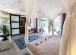 3 bedroom rigfht corner